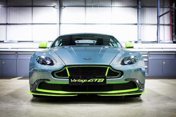 Aston Martin_Vantage GT8_04