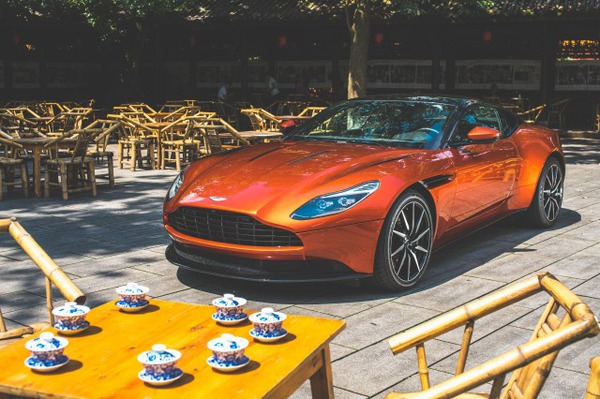 s_DB11 with Heritage 06
