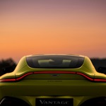 s_Aston Martin Vantage_Lime Essence_12