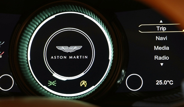 astonmartin-db11_020