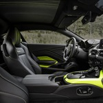 s_Aston Martin Vantage_Lime Essence_16