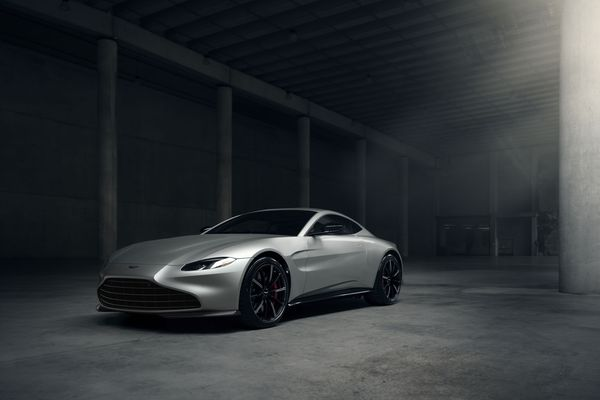 JPG Large-Vantage Coupe New Grille
