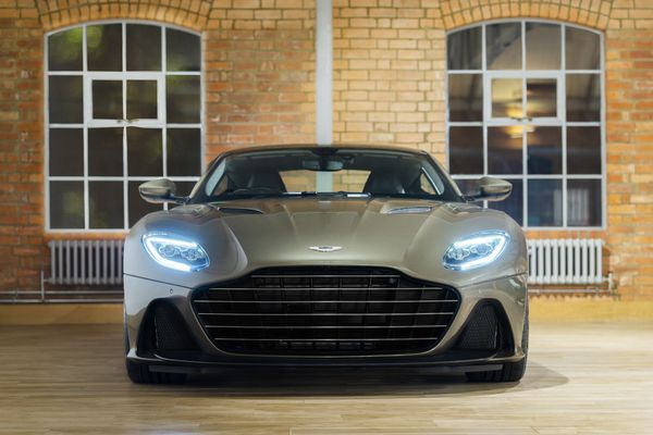 JPG Medium-DBS Superleggera On Her Majesty's Secret Service (3)