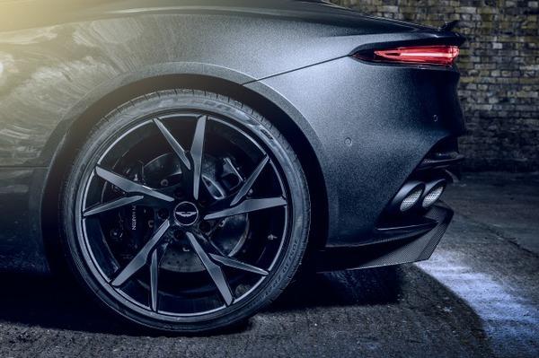 Aston Martin DBS Superleggera 007 Edition_07
